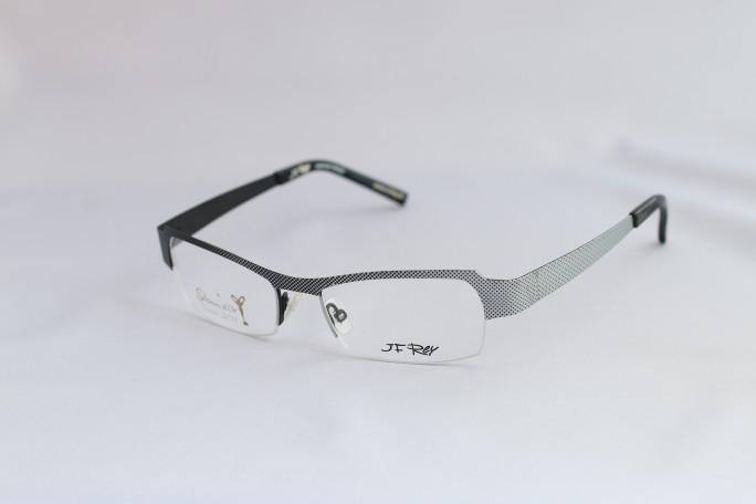 J.F.REY(ジェイ・エフ・レイ)